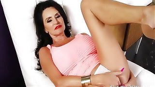Busty mature masturbates with buttplug and fingers her lovely box and clit rapidly