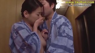 JAV - Mother's and son's holidays