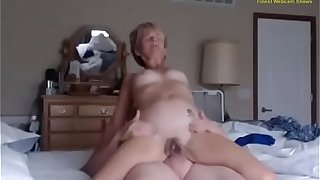 Hidden Cam in Parents Bedroom - Mother & Father Hardcore sex live - NIZZERS.COM