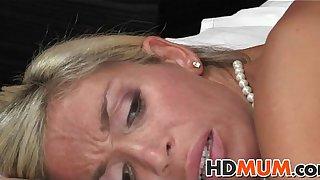 Stunning blonde mum sex