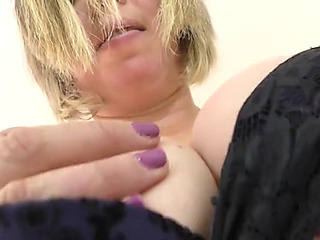 Aged curvy british housewife needs a priceless fuck