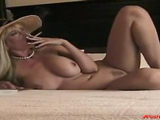 Petting my dominating mom's vagina!