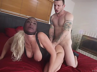 Resigned mother i'd like to fuck london river withstands mad anal pounding