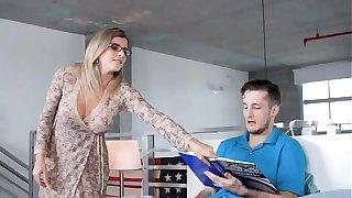 Jealous mom sucks son in front of girlfriend
