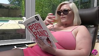 LACEYSTARR - The Poolboy Hard at Work