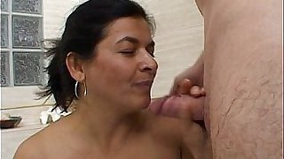 Mom fucked by small dick