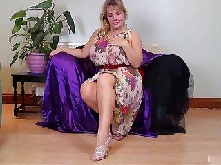 mature blonde masturbation
