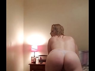 Addicted To Mommys Ass
